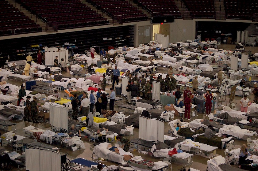 Federal Medical Stations were set up during the federal response to Hurricane Katrina to provide medical care for non-acute patients who could not be served by a general shelter. (Source: Strategic National Stockpile)
